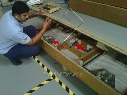 Aeronautical Parts in Corrugated Caton Box - Abu Dhabi