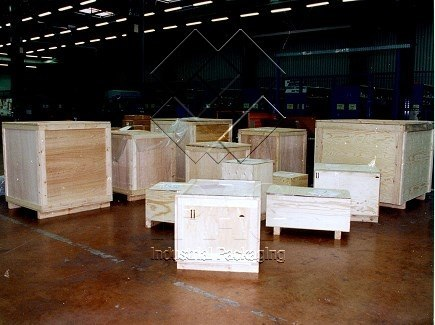 Wooden Boxes for aeronautical parts