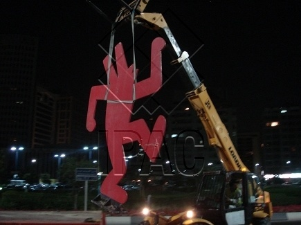 Heavy Handling of Sculptures - 2.5 Tons - Abu Dhabi